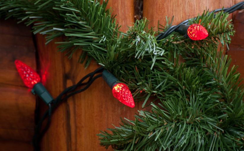 7 Tips to Keep Outdoor Holiday Lights From Catching Fire